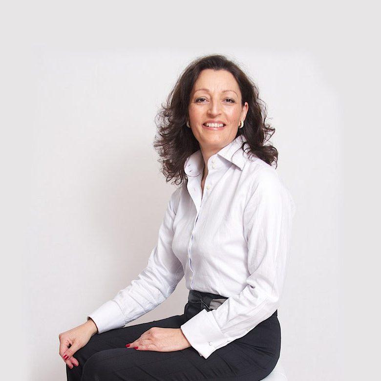 Maria Julia Nunes